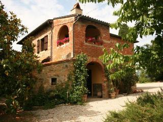 VILLA CECILIA Castiglion Fiorentino - Castiglion Fiorentino vacation rentals