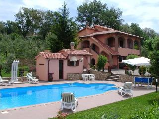 Beautiful Villa with Parking Space and Television - Baschi vacation rentals