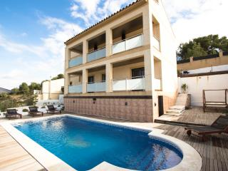 Mesmerizing Costa Dorada villa for 7 guests - Calafell vacation rentals