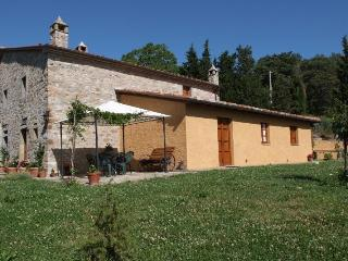4 bedroom Farmhouse Barn with Satellite Or Cable TV in Camucia - Camucia vacation rentals