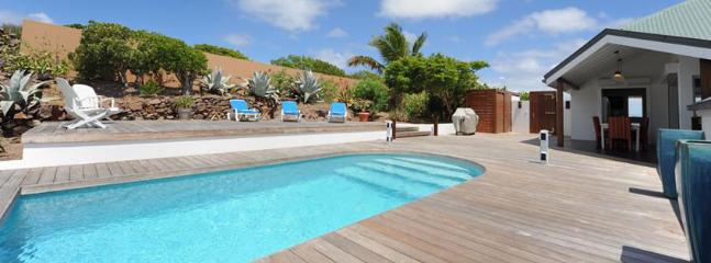 SPECIAL OFFER: St. Barths Villa 105 This Spacious Villa Which Has Just Been Redone Is Perfect For A Couple. - Marigot vacation rentals