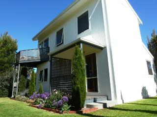 Bright House with Television and Microwave - Torquay vacation rentals
