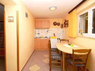 Apartments Milivoj - 61231-A1 - Island Krk vacation rentals