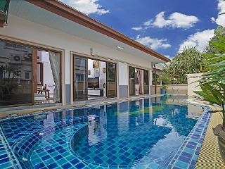3 bed family pool villa near Bangsaray - Na Chom Thian vacation rentals