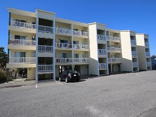 Tropical Winds B3 - Oceanview condo, open and spacious floor plan, community - Carolina Beach vacation rentals