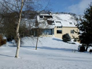 Nice Guest house with Internet Access and Central Heating - Murat vacation rentals
