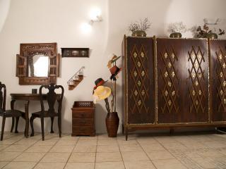 Stilvi Suite with Oudoor Jacuzzi for 4! - Firostefani vacation rentals