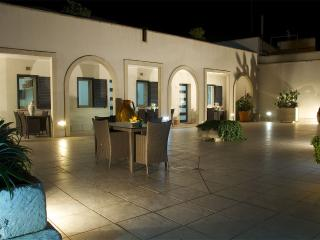 Apartment n.2 Otranto - Otranto vacation rentals
