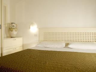 Apartment n.3 Otranto - Otranto vacation rentals