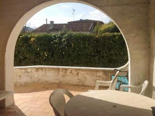 House in Saint-Cyr-sur-Mer on the French Riviera, w/ 3 bedrooms, garden & terrace, 200m from beach - Aubagne vacation rentals