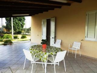 Villino indipendente - Castellammare del Golfo vacation rentals