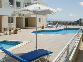 Dreamy apartment in Oriklini, Cyprus, with air con, terrace and sea views, sleeps 4 - Larnaca District vacation rentals