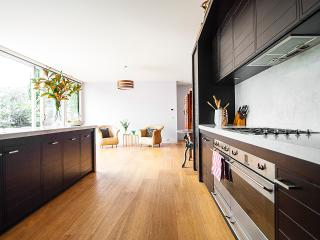 Royal Albert House - South Melbourne vacation rentals