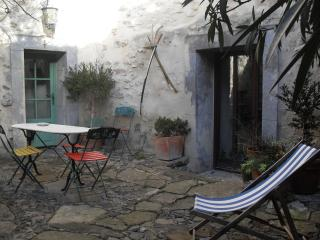 Nice 5 bedroom House in Lagrasse - Lagrasse vacation rentals
