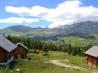 Chalet bois dans résidence 3* - Agnieres en Devoluy vacation rentals