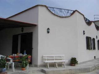 Villa Maurizio - Balestrate vacation rentals