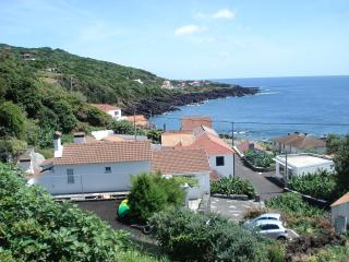 Pico Holiday Rentals - Casa do Avô Faidoca - Pico - Azores vacation rentals