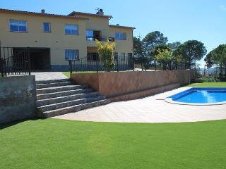 REFERANCE Villa Galicia Lloret de Mar - Lloret de Mar vacation rentals