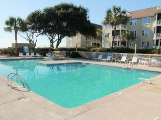 Port O'Call E-301 - Isle of Palms vacation rentals
