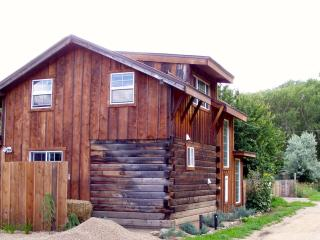 Charming Taos Canyon Cottage - Taos vacation rentals