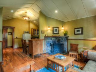 Johnston Canyon 4 person Classic Bungalow - #2 - Banff vacation rentals