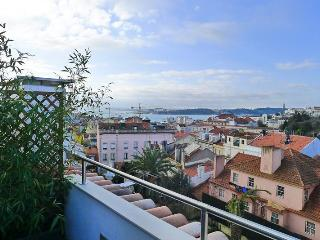 PI2- Superb views, Terrace, AC, Central heat - Lisbon vacation rentals