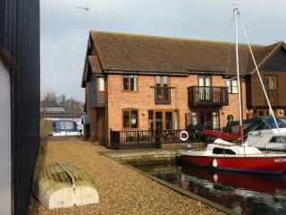 Waterside Holiday Home, Yare Cottage - Wroxham vacation rentals
