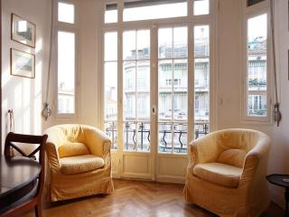 Lamartine 2 bed apartment downtown Nice - Nice vacation rentals