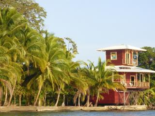 Mango House for snorkelling lovers! - Panama vacation rentals