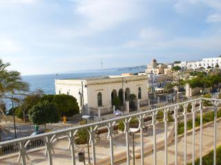 Apartment n.2 Santa Cesarea Terme - Santa Cesarea Terme vacation rentals