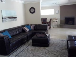 Walk to Disney & Convention Ctr, Private Pool! - Tustin vacation rentals