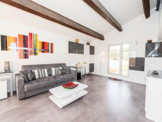 Romantic Bandol vacation Apartment with Internet Access - Bandol vacation rentals