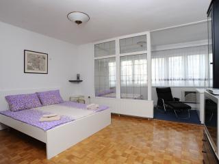 Neli apartment - Ljubljana vacation rentals
