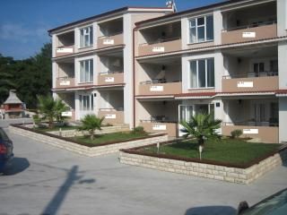 Apartment 5, type 4+2 - Privlaka vacation rentals
