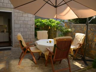 Apartment Ivanka A3 - for 4 people - Supetar vacation rentals