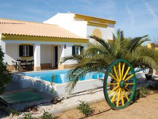 Quinta de Sáo Joáo-Holiday house - Lagoa vacation rentals