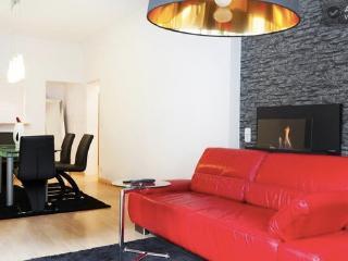 Premium Design Flat // City Center - Munich vacation rentals