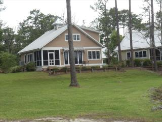 Cribbs Cove Cottage 117701 - Oriental vacation rentals