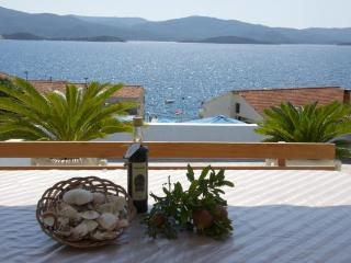 Apartment Ivana 1 (2+1) with AC and sea view - Klek vacation rentals