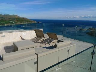 Ferienhaus MyLlanca mit Pool und Top Meersicht - Llanca vacation rentals