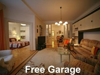 Centeral Apt, free GARAGE parking - Budapest & Central Danube Region vacation rentals