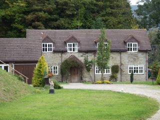 Comfortable Cottage with Internet Access and Satellite Or Cable TV - Presteigne vacation rentals