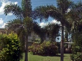 HouseShare 4 Bedrooms with Swimming Pool Furnished - Innisfail vacation rentals