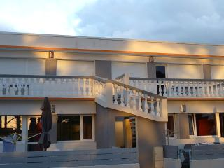 residence saint yves - Trévou-Tréguignec vacation rentals