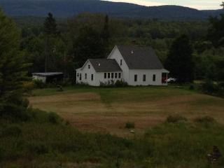 Cozy Farmhouse Barn with Internet Access and Central Heating - Meriden vacation rentals