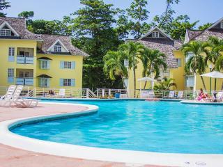 YB Apartment in the sun Ocho Rios st ann Jamaica - Ocho Rios vacation rentals