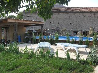 Nice 2 bedroom Albi Gite with Internet Access - Albi vacation rentals