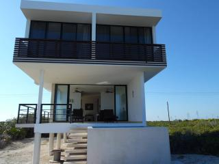 Nice 4 bedroom House in Chicxulub - Chicxulub vacation rentals