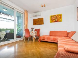 apartman yoker relex and modern - Split vacation rentals