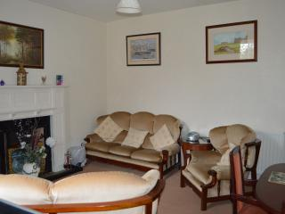Nice 2 bedroom Cottage in Dunfermline - Dunfermline vacation rentals